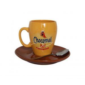 Chocomel hot kop en schotel